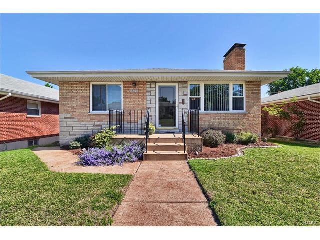 5671 Tholozan Avenue, St Louis, MO 63109 (#17050556) :: Johnson Realty
