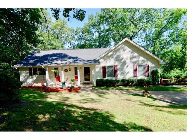 4624 Cliff Forest Drive, Wildwood, MO 63069 (#17050732) :: Gerard Realty Group