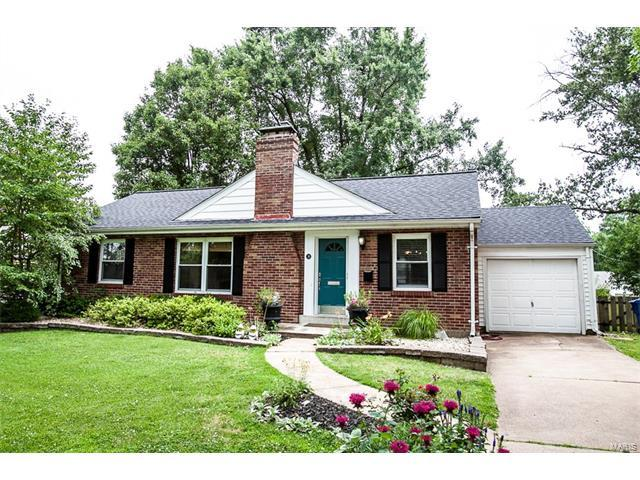 14 W Rose Avenue, Webster Groves, MO 63119 (#17050922) :: RE/MAX Vision