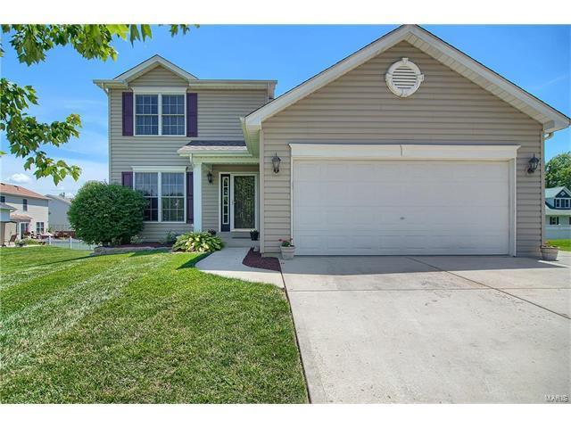 1207 Melville Drive, O Fallon, MO 63366 (#17050994) :: Kelly Hager Group | Keller Williams Realty Chesterfield