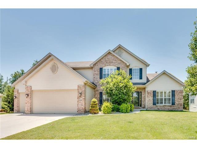 218 Silent Meadow, Lake St Louis, MO 63367 (#17050998) :: Kelly Hager Group | Keller Williams Realty Chesterfield