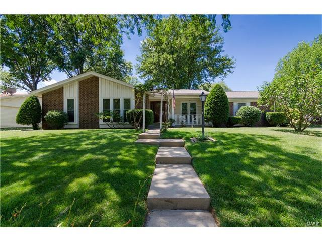 401 Bull Run Road, Belleville, IL 62221 (#17051038) :: Holden Realty Group - RE/MAX Preferred