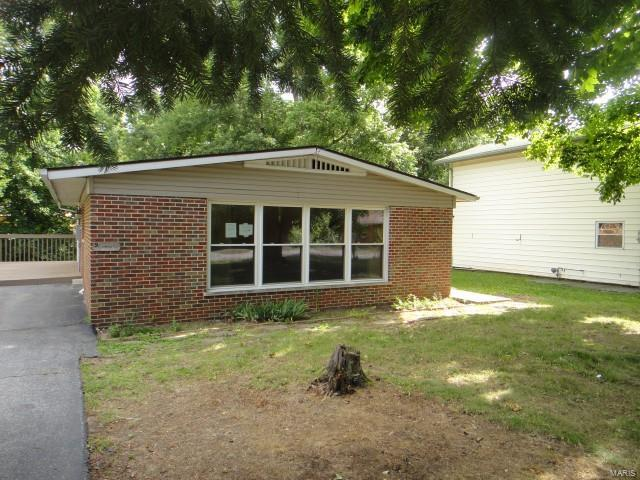 9 Highwood Place, Belleville, IL 62223 (#17051070) :: Holden Realty Group - RE/MAX Preferred