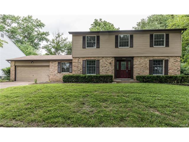 15503 Clover Ridge Drive, Chesterfield, MO 63017 (#17051104) :: RE/MAX Vision