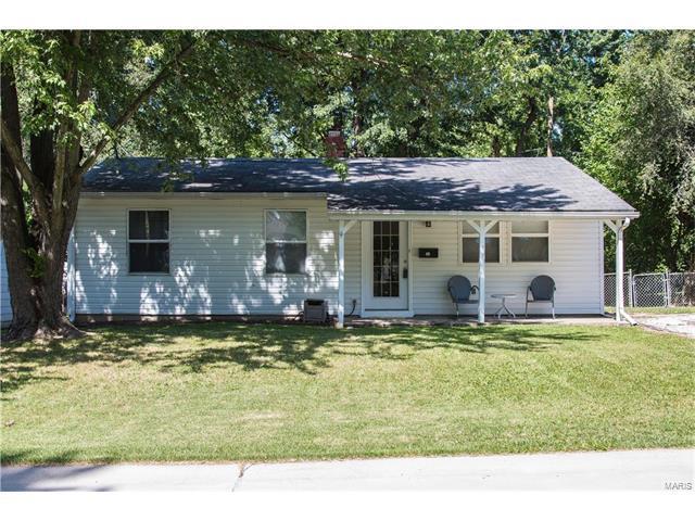 35 Boles Avenue, Wentzville, MO 63385 (#17051405) :: RE/MAX Vision