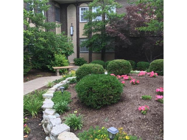 10361 Corbeil Drive C, St Louis, MO 63146 (#17051796) :: Carrington Real Estate Services