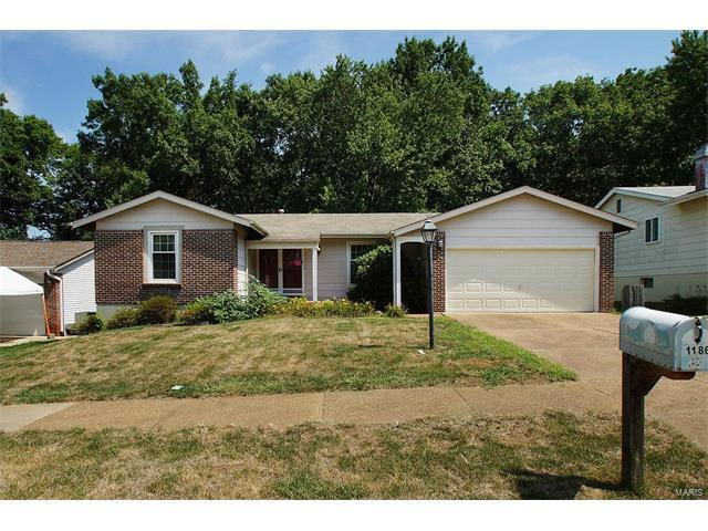 1186 Greenmar Drive, Fenton, MO 63026 (#17052414) :: Gerard Realty Group