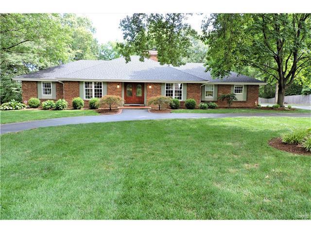 13021 Saller Drive, Sunset Hills, MO 63127 (#17054120) :: The Becky O'Neill Power Home Selling Team