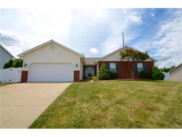 749 Cedar Mill Drive, Shiloh, IL 62221 (#17054160) :: Fusion Realty, LLC