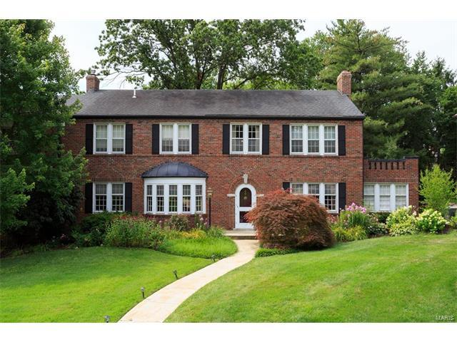 98 Lake Forest Drive, St Louis, MO 63117 (#17056756) :: Gerard Realty Group