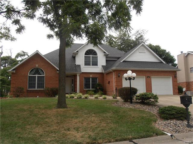 632 Springwood Drive, Belleville, IL 62220 (#17057754) :: Clarity Street Realty