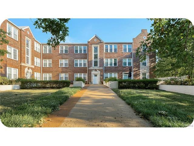7564 Wydown 3A, St Louis, MO 63105 (#17058456) :: Gerard Realty Group