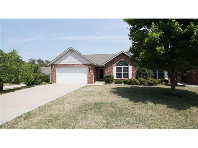 7731 Baxter Drive, Belleville, IL 62223 (#17058591) :: Holden Realty Group - RE/MAX Preferred