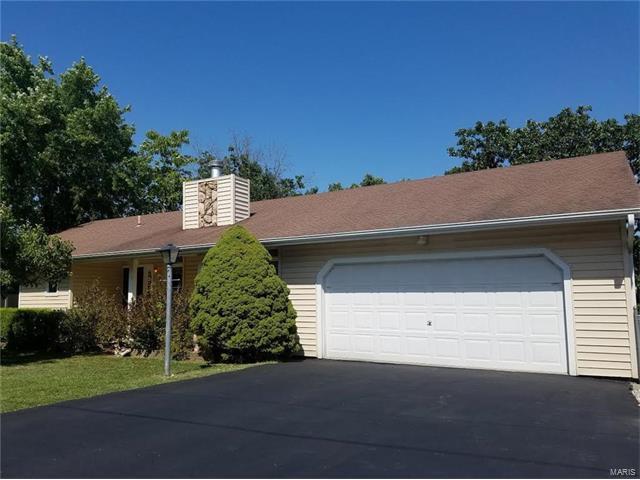 7308 Tarawood, Cedar Hill, MO 63016 (#17059154) :: The Kathy Helbig Group