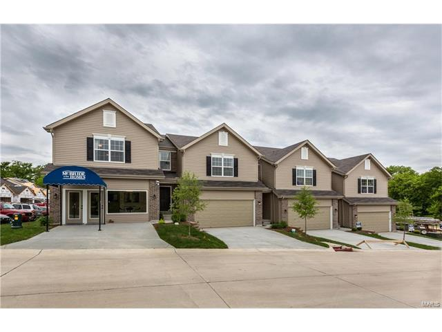 5113 Tesson Grove Drive #21, Mehlville, MO 63128 (#17059262) :: The Becky O'Neill Power Home Selling Team