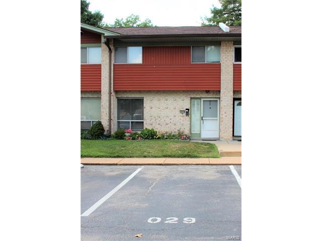 10029 Sakura Drive, St Louis, MO 63128 (#17059401) :: Kelly Hager Group | Keller Williams Realty Chesterfield