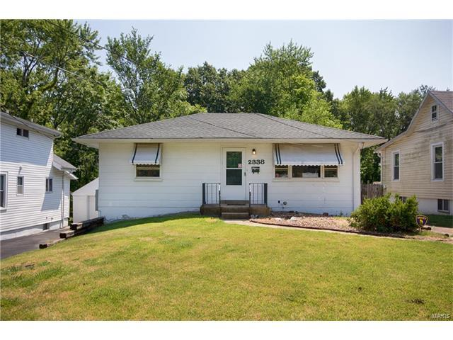 2338 Wengler Avenue, St Louis, MO 63114 (#17059632) :: Clarity Street Realty
