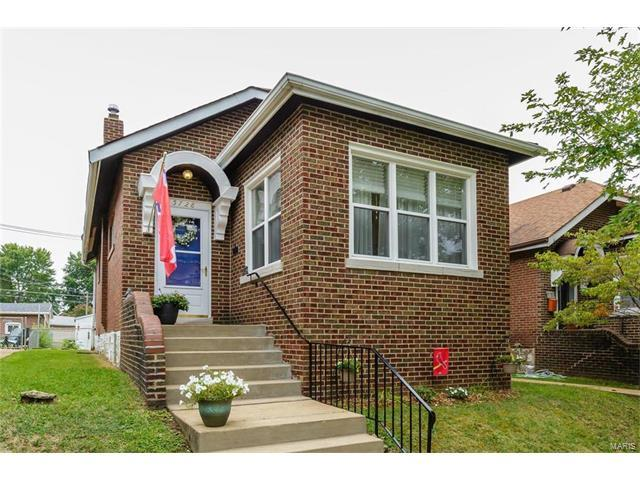 5728 Goener Avenue, St Louis, MO 63116 (#17061943) :: Clarity Street Realty