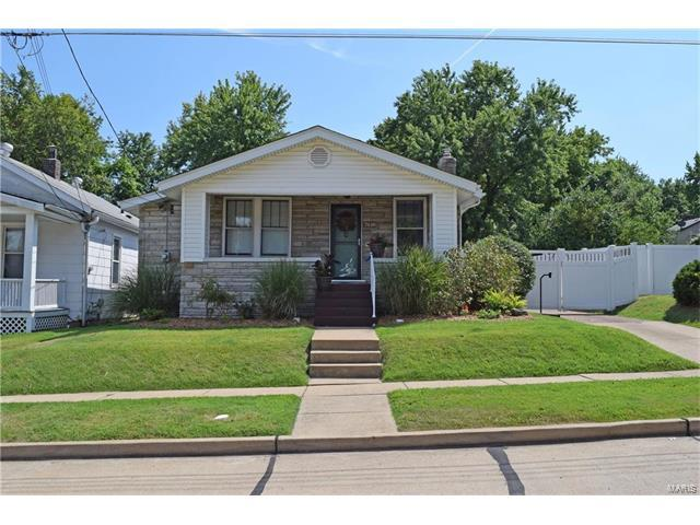 7618 Weaver, Maplewood, MO 63143 (#17062054) :: Clarity Street Realty