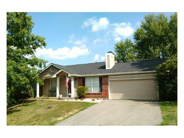 16118 Castlerea, Ellisville, MO 63021 (#17062064) :: The Becky O'Neill Power Home Selling Team