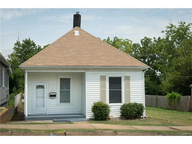 4021 Taft Avenue, St Louis, MO 63116 (#17062652) :: The Becky O'Neill Power Home Selling Team