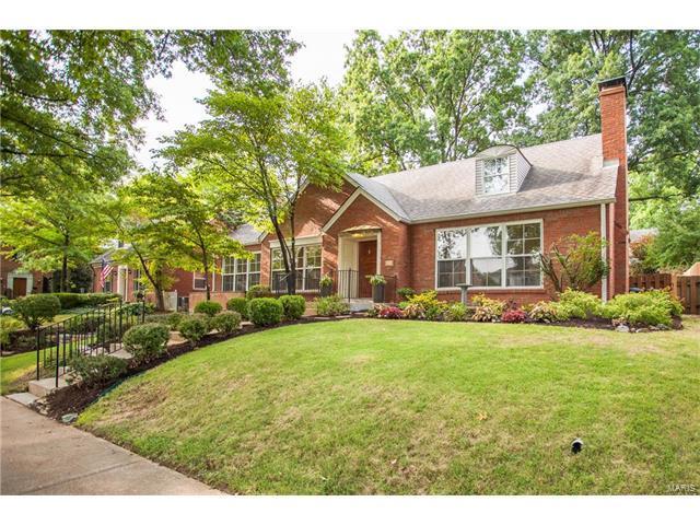 8104 Stratford, Clayton, MO 63105 (#17063148) :: Clarity Street Realty