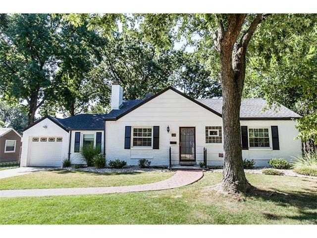 526 Hampshire Court, Webster Groves, MO 63119 (#17063650) :: Clarity Street Realty