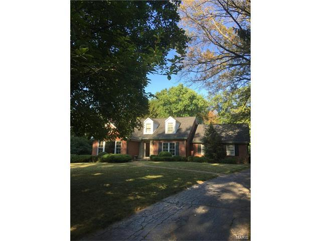 31 Frontenac Estates Drive, St Louis, MO 63131 (#17064031) :: Kelly Hager Group   Keller Williams Realty Chesterfield