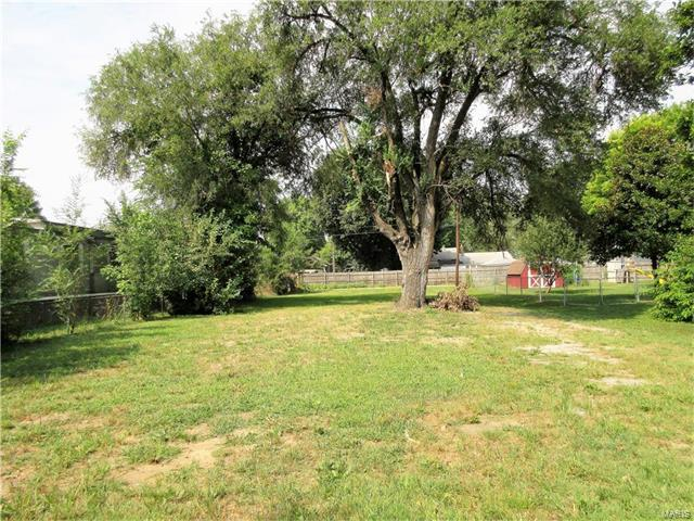 4015 Melrose Avenue, Granite City, IL 62040 (#17064221) :: The Becky O'Neill Power Home Selling Team