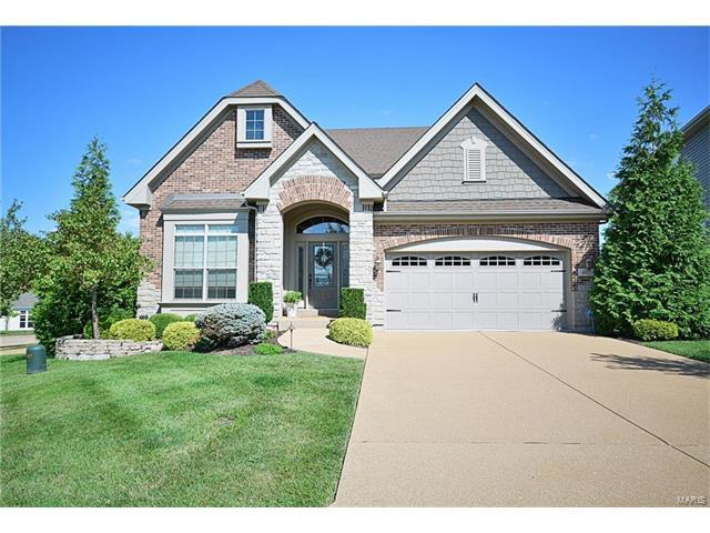 402 Maple Rise Path, Chesterfield, MO 63005 (#17064226) :: Clarity Street Realty