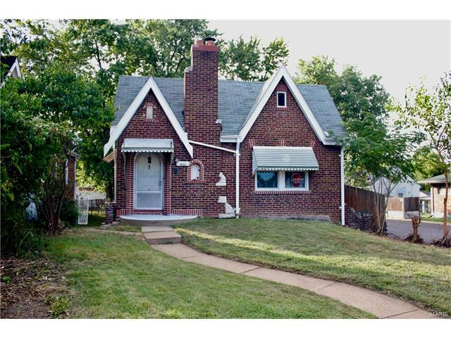 8101 Hildesheim Avenue, St Louis, MO 63123 (#17064435) :: Clarity Street Realty