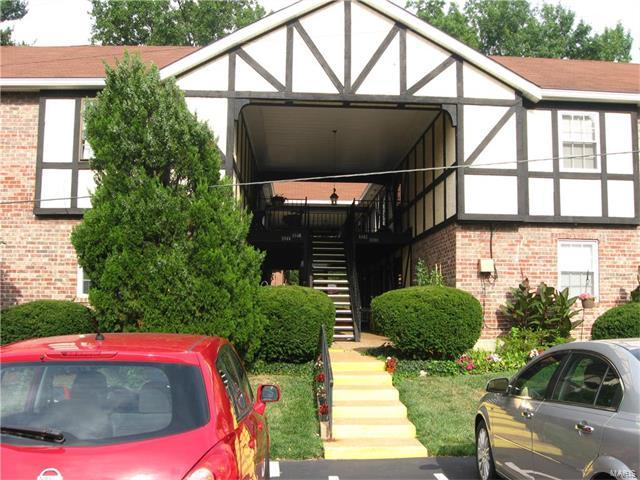 1042 Pinegate Drive #24, St Louis, MO 63122 (#17064955) :: Clarity Street Realty