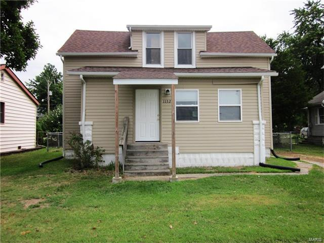 1132 S Church Street, Belleville, IL 62220 (#17064987) :: Holden Realty Group - RE/MAX Preferred