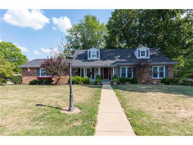 400 Claymont Drive, Ballwin, MO 63011 (#17065525) :: The Becky O'Neill Power Home Selling Team