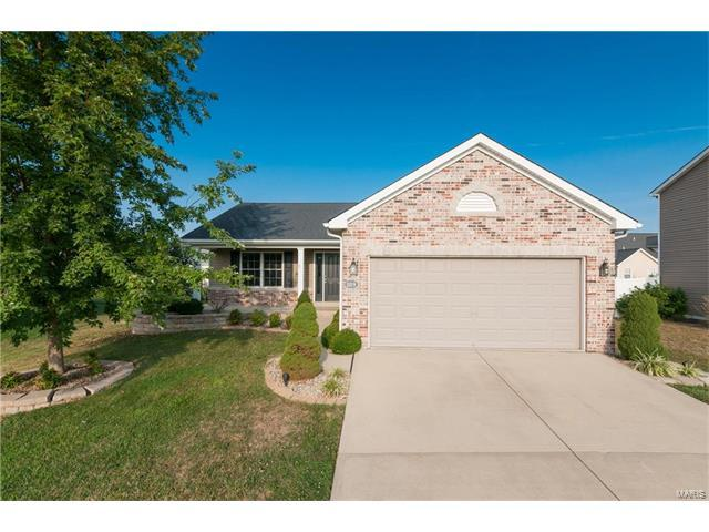 1109 Beechcraft Boulevard, Mascoutah, IL 62258 (#17065625) :: Holden Realty Group - RE/MAX Preferred