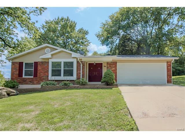 94 Hickory Hill, Eureka, MO 63025 (#17065690) :: The Becky O'Neill Power Home Selling Team