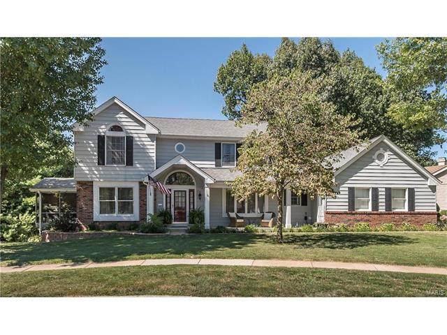 2808 Hilly Haven Court, St Louis, MO 63129 (#17065788) :: The Becky O'Neill Power Home Selling Team