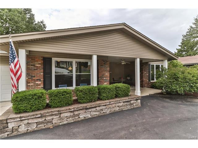 7 Nicolet Drive, Manchester, MO 63011 (#17065792) :: The Kathy Helbig Group