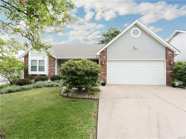 922 Blake, Saint Peters, MO 63376 (#17066838) :: RE/MAX Vision