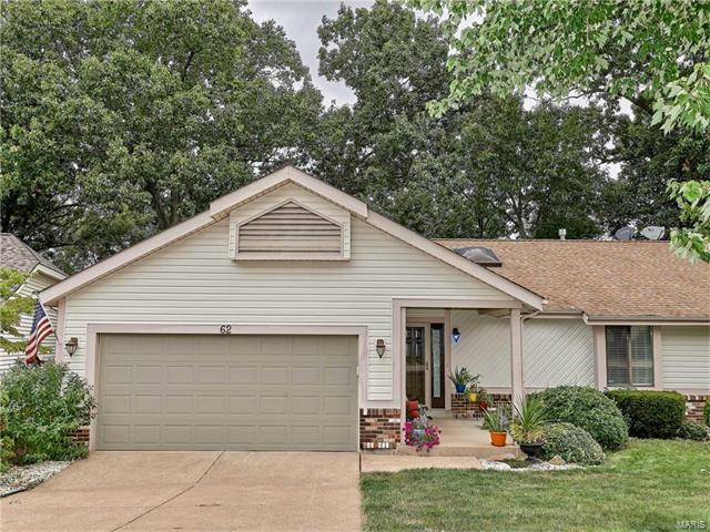62 Majestic Court, Fenton, MO 63026 (#17066945) :: The Becky O'Neill Power Home Selling Team