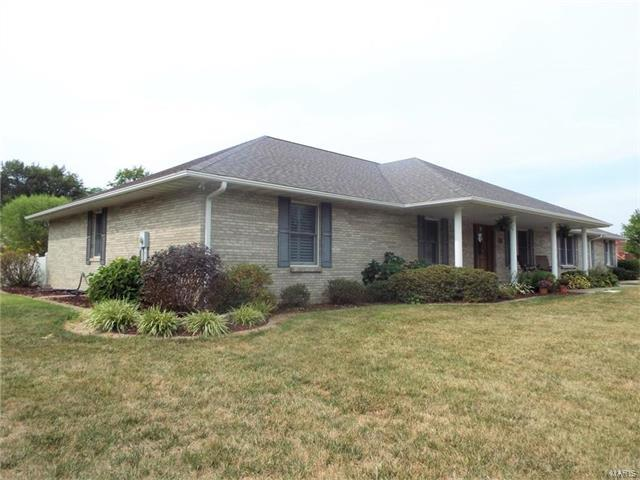 613 E Evergreen Street, OKAWVILLE, IL 62271 (#17067507) :: Holden Realty Group - RE/MAX Preferred