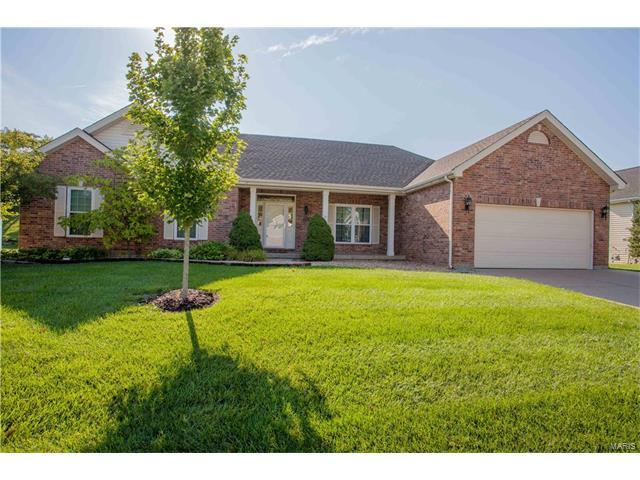 172 Bear Creek Drive, Wentzville, MO 63385 (#17067660) :: RE/MAX Vision