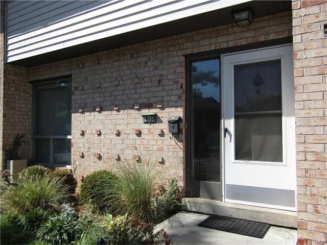 10132 Sakura Drive, St Louis, MO 63128 (#17067722) :: RE/MAX Vision
