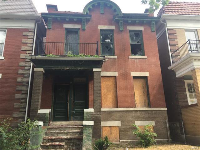 3843 Mcree Avenue, St Louis, MO 63110 (#17067783) :: RE/MAX Vision