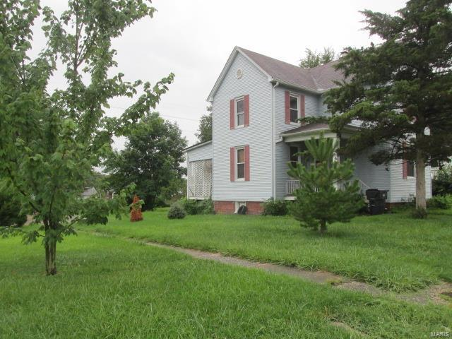 1528 N Church, Belleville, IL 62221 (#17067950) :: Holden Realty Group - RE/MAX Preferred