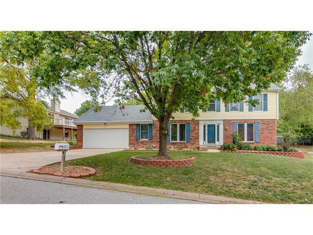2 Marquette Drive, Lake St Louis, MO 63367 (#17070620) :: Clarity Street Realty