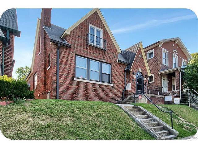 4752 S Compton Avenue, St Louis, MO 63111 (#17072648) :: Carrington Real Estate Services