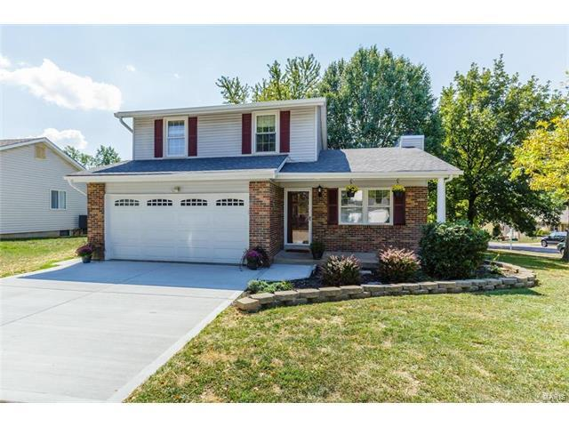 2752 Sand Springs Court, Oakville, MO 63129 (#17074873) :: The Becky O'Neill Power Home Selling Team