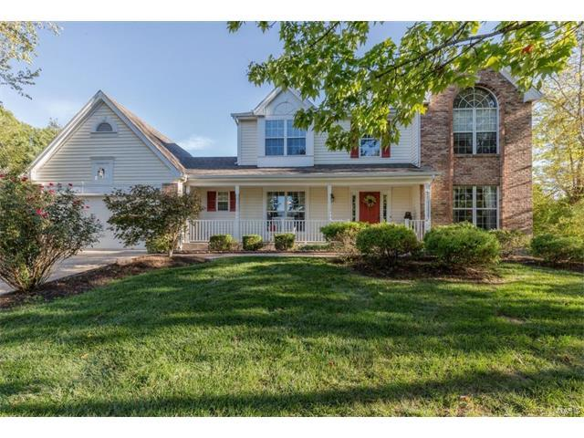 16201 Wilson View Estates Drive, Chesterfield, MO 63005 (#17075114) :: The Kathy Helbig Group