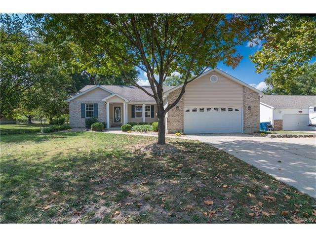 564 Clover Drive, Edwardsville, IL 62025 (#17076543) :: Fusion Realty, LLC